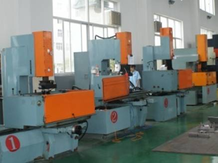 injection machine 11